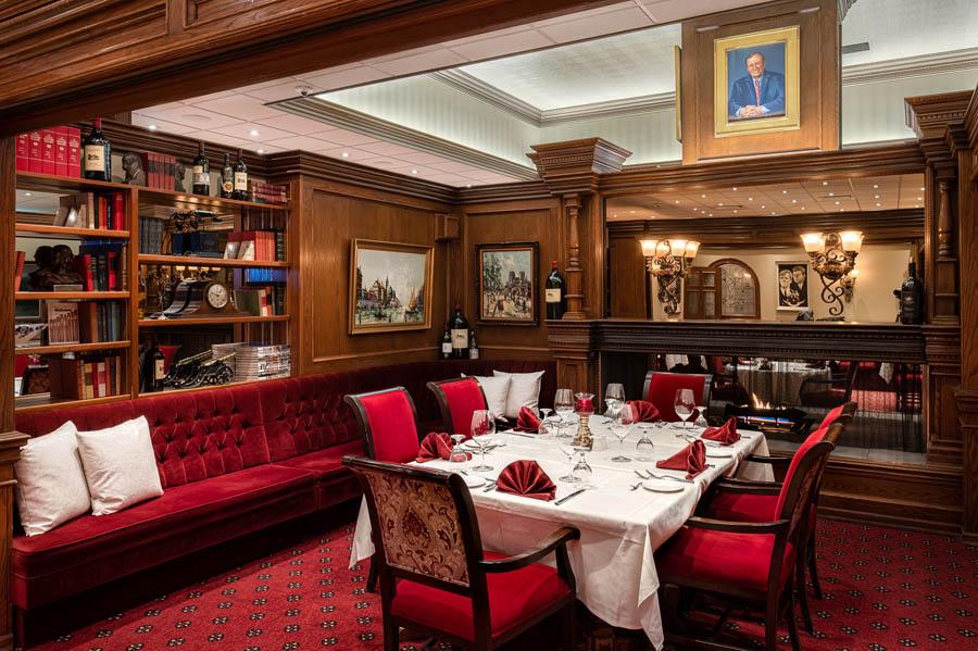 nicest restaurant regina the diplomat private room 3